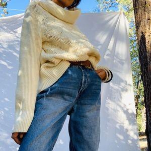 Liz Clairbone Chunky Cream Sweater
